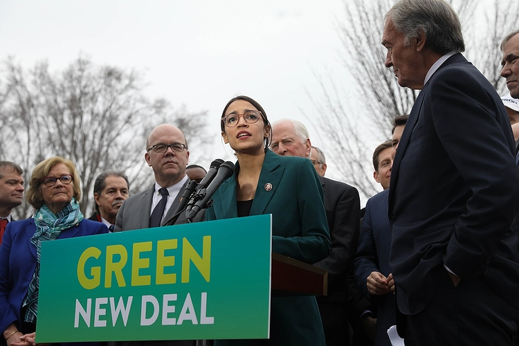 1620px-GreenNewDeal_Presser_020719_(20_of_85)