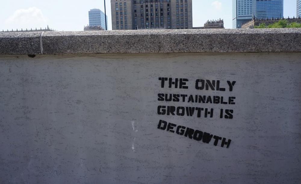 degrowth-594870_640